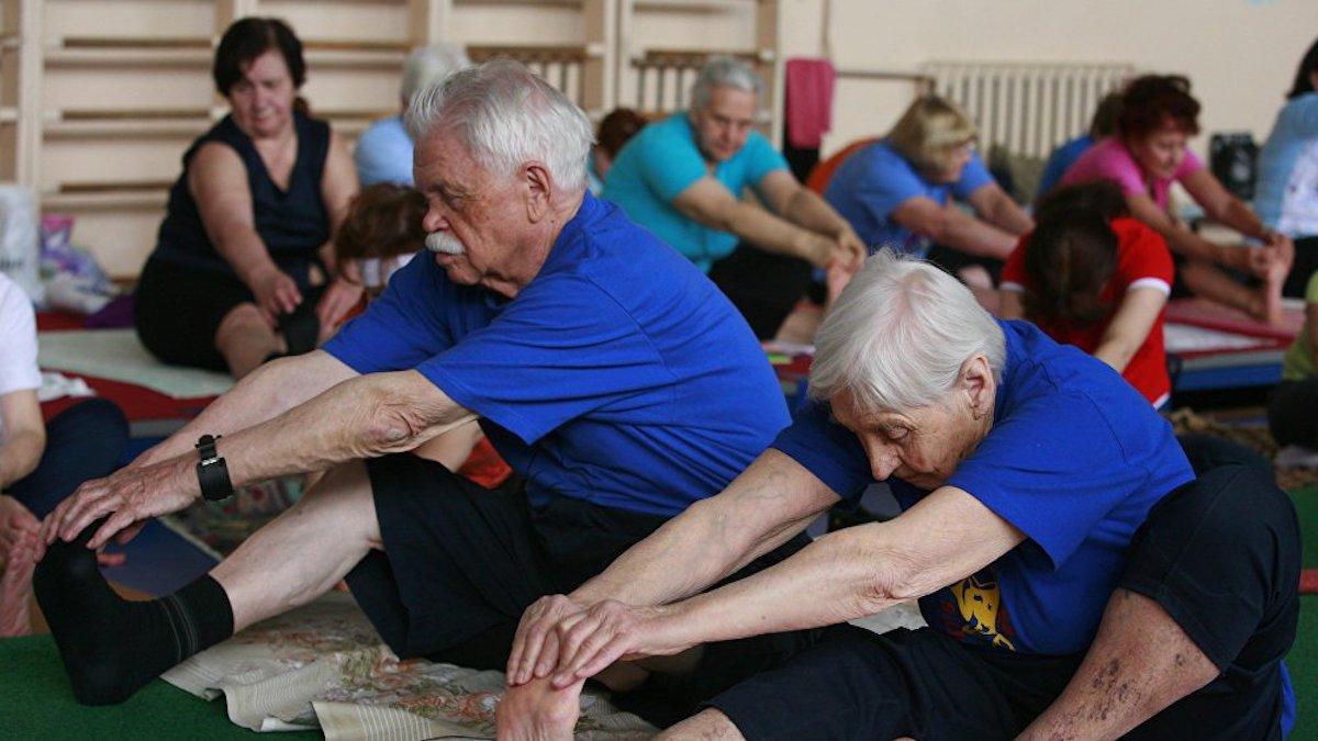 Заставка для - Сбор средств на покупку ковриков для йоги в Семикаракорский ДИПИ